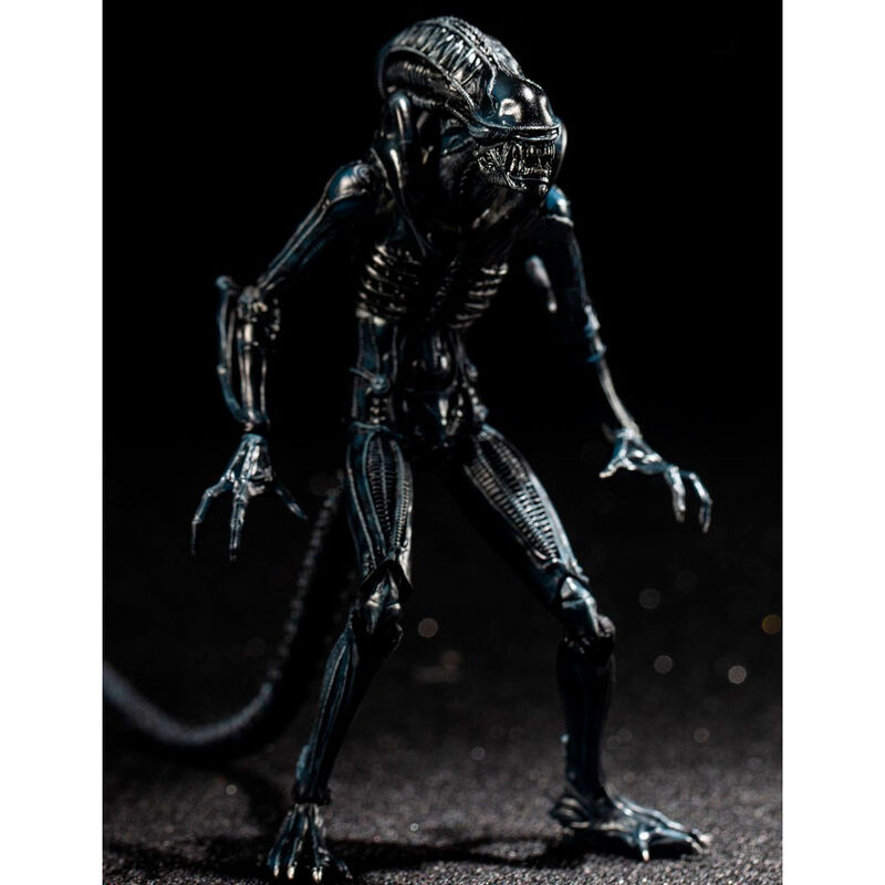 Aliens Crouching Alien Warrior figura 10cm termékfotó
